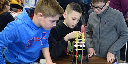 2019 STEM Design Challenge Featuring K'Nex Day 1